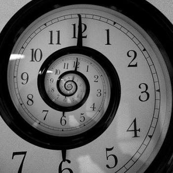 Quanto Tempo Demora para Lançar Uma Marca de Cosméticos ou Perfumes?